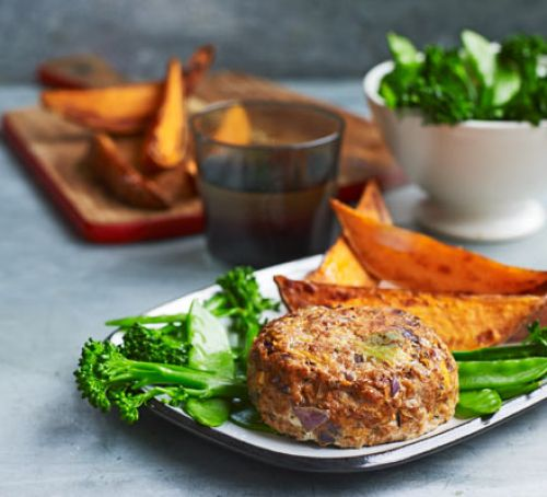 Lean turkey burger with sweet potato wedges